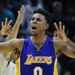 Kobe, Lakers top Spurs in OT on Young's 3