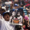 Pacquiao, Mayweather again divided in fight buildup (Reuters)