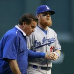 Dodgers lose Justin Turner and Juan Uribe to injury on consecutive plays