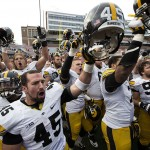 Illinois Fighting Illini at Iowa Hawkeyes Free Point Spread Pick and Betting Odds Oct 10, 2015